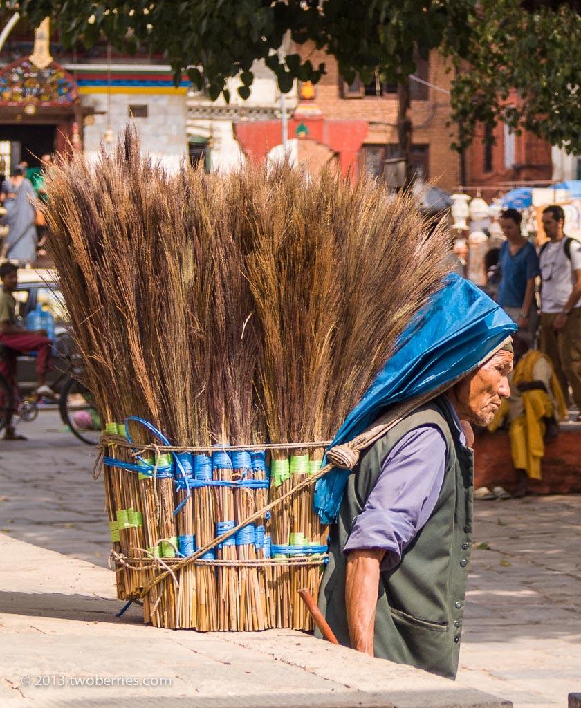Brush seller