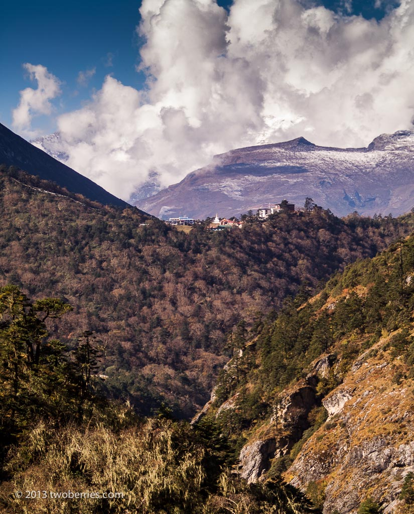 Looking towards Thangyboche
