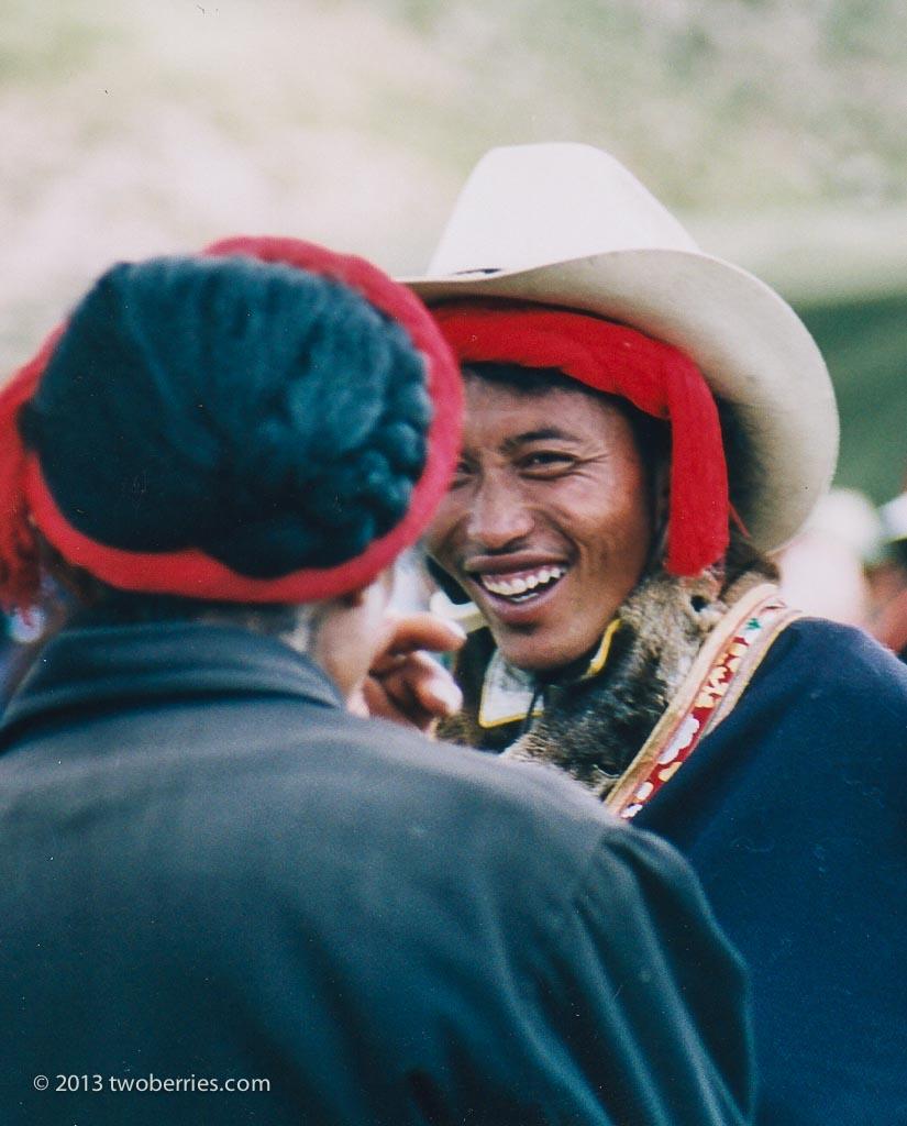Tibetan men, Damzhung